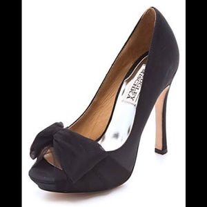Badgley Mischka Zali Black peep toe heels satin